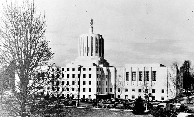 Oregon State Capitol, 1939